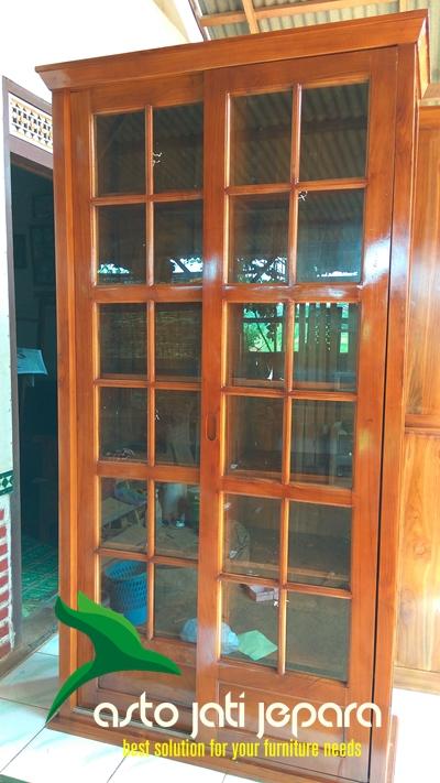 lemari-buku-jati-minimalis-pintu-geser