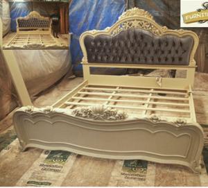 Tempat Tidur Ukiran Putih Duco Jepara