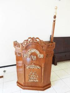 5 Model Mimbar Masjid Ukir Jepara Spesial Ramadhan