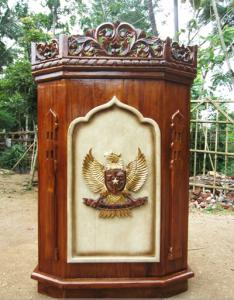 Podium Ukiran Jepara Lambang Garuda