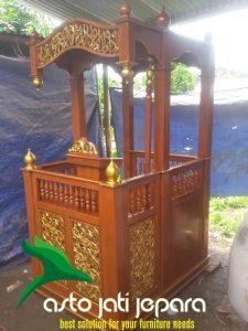 Mimbar Masjid Kayu Jati Ukiran Tiang Jepara