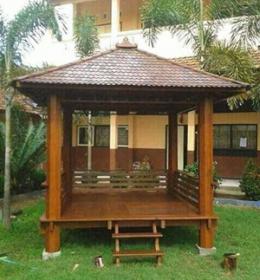 gazebo-kayu-kelapa-segi-empat