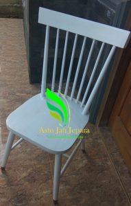 kursi cafe minimalis putih duco