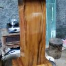 podium-minimalis-kayu-jati