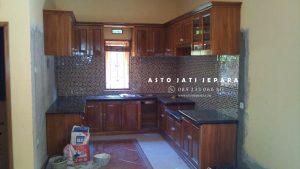Kitchen Set Jati Minimalis Alas Batu Granit