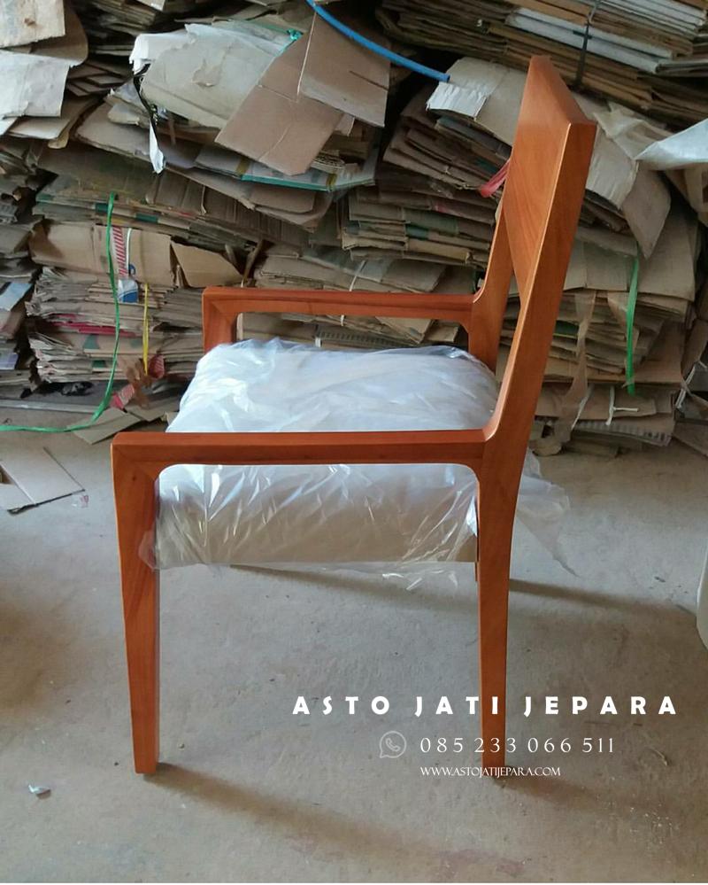 kursi-cafe-minimalis-2018