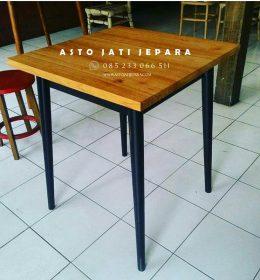 meja-cafe-kotak