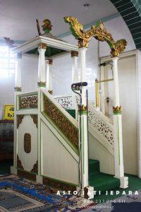 Mimbar Masjid Nabawi Ukiran Jepara