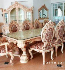 Meja Makan Mewah Putih