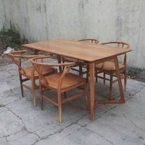 Set Meja Cafe Modern Scandinavian