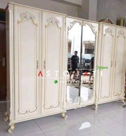 Lemari Pakaian Ukir Klasik 6 Pintu ASTO - 323